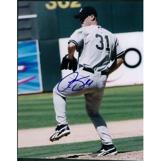 Signed Small Aaron New York Yankees 8x10 Photo autographed