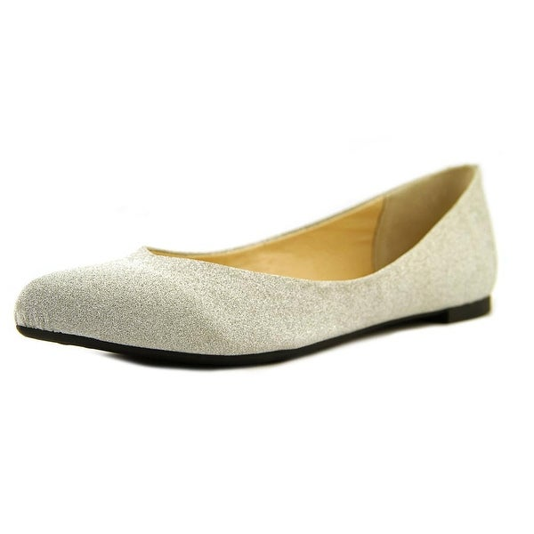 Nina Lorina Pointed Toe Synthetic Flats