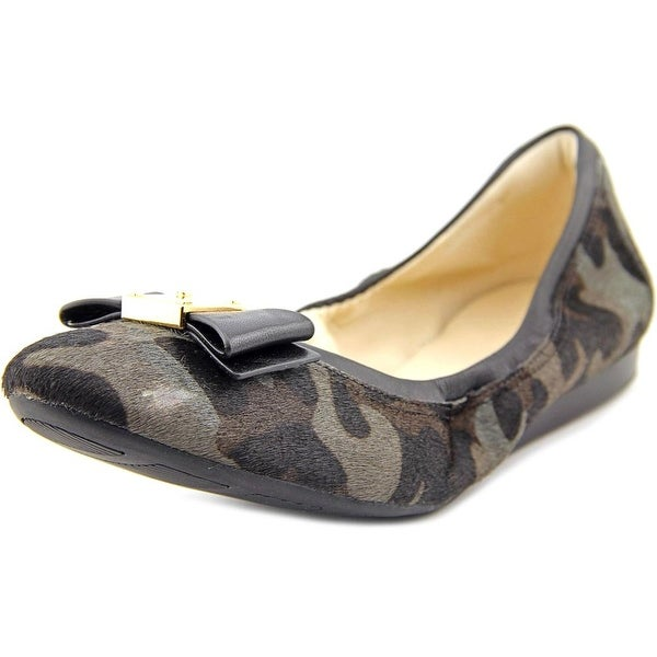 Cole Haan Tali Bow Ballet   Round Toe Suede  Ballet Flats
