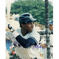 Signed Kelly Roberto New York Yankees 8x10 autographed