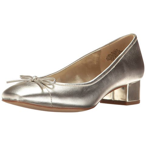 Bandolino Womens xenica Closed Toe Classic Pumps