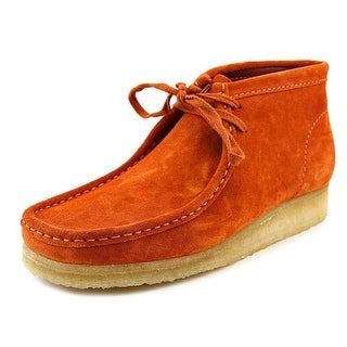 Clarks Originals Wallabee Boot Round Toe Suede Chukka Boot