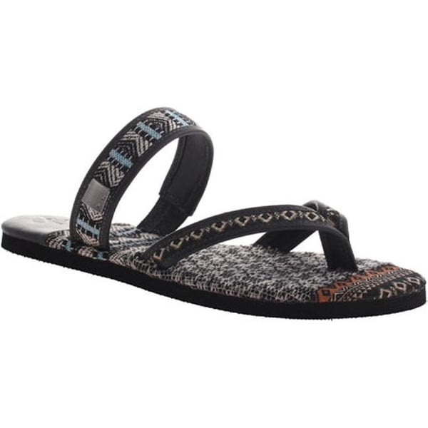 5c14c5626 Shop OTBT Women s Cokato Thong Sandal Black Leather - Free Shipping On  Orders Over  45 - Overstock - 10304163