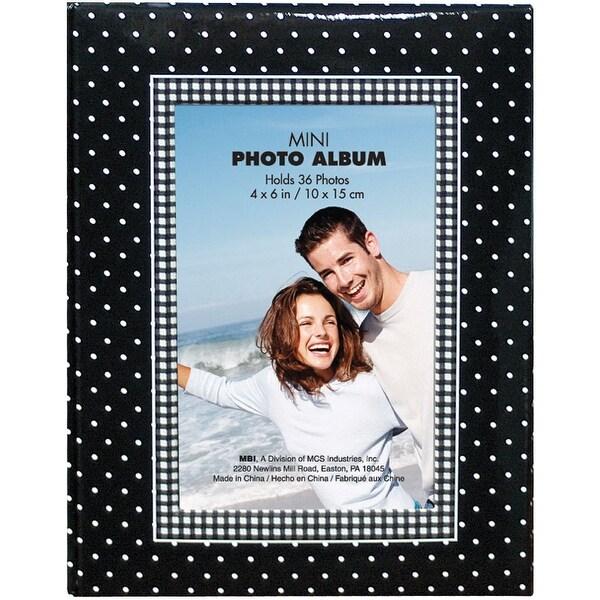 """MBI Photo Brag Book 4""""X6"""" -Black W/White Dots - Black"""