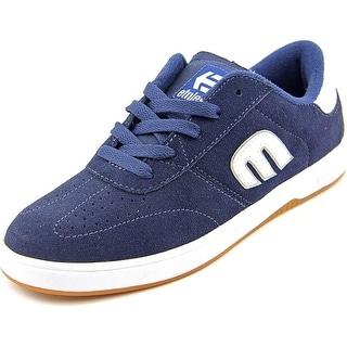 Etnies Lo-Cut 2 Round Toe Suede Sneakers
