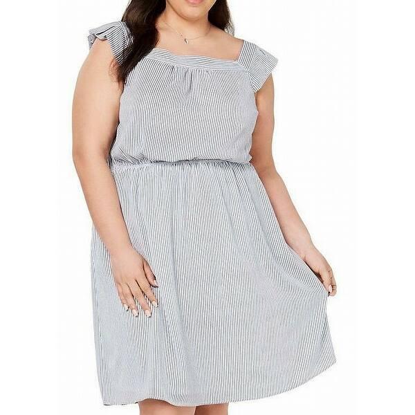 womens blue seersucker dress
