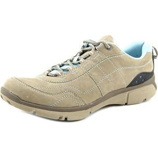 Clarks luminate path Women Round Toe Suede Tan Sneakers
