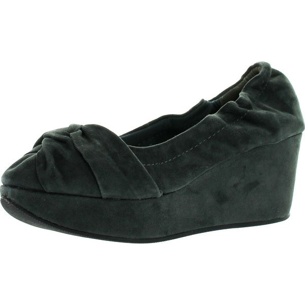 Restricted Womens Della Casual Suede Wedge Shoes
