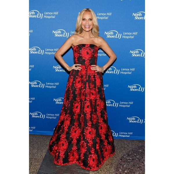 Kristin Chenoweth At Arrivals For Lenox Hill Hospital Autumn Ball American  Museum Of Natural History New York Ny November 11 201