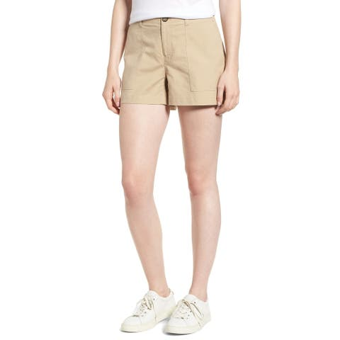 Nordstrom Signature Women's Shorts Flat-Front Chino