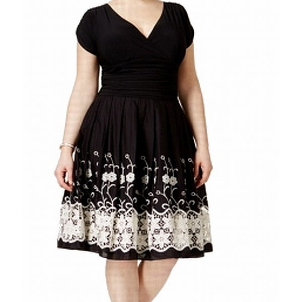 a5592d1cca Shop SLNY Black Women s Size 16W Plus Floral Embroidered Sheath Dress -  Free Shipping Today - Overstock - 27199273