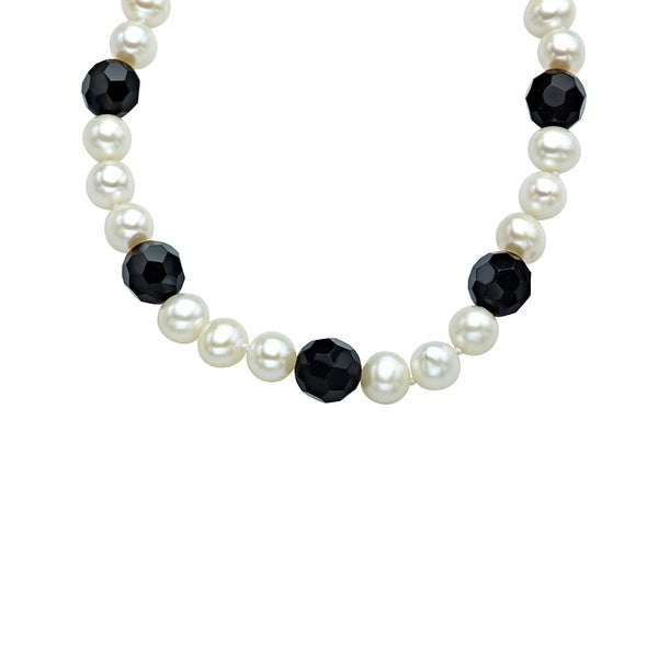 7.5mm Freshwater Pearl and 10mm Onyx Strand Necklace