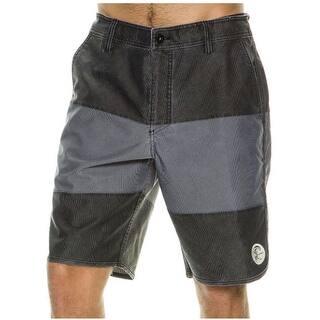 O'Neill Men's Originals Blockie Hybrid 32 Black Boardshort Swim Trunks|https://ak1.ostkcdn.com/images/products/is/images/direct/1312e1a194f56d1abf5954286d3b408e0052baf5/O%27Neill-Men%27s-Originals-Blockie-Hybrid-32-Black-Boardshort-Swim-Trunks.jpg?impolicy=medium