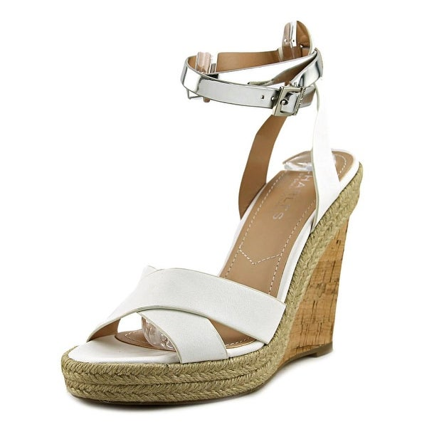 Charles By Charles David Brit Women Open Toe Synthetic White Sandals