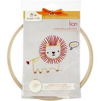 """Penguin & Fish Embroidery Kits 8"""" Round Stitched In Floss-Lion"""
