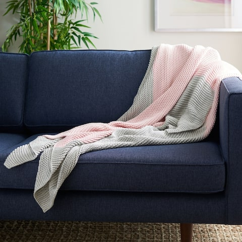 Safavieh Elowen 50 x 60-inch Throw Blanket