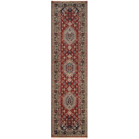 Handmade Bidjar Wool Rug (India) - 2'9 x 12'