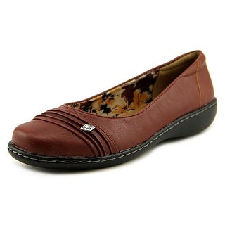 Soft Style by Hush Puppies Jordyn Women W Round Toe Leather Red Flats