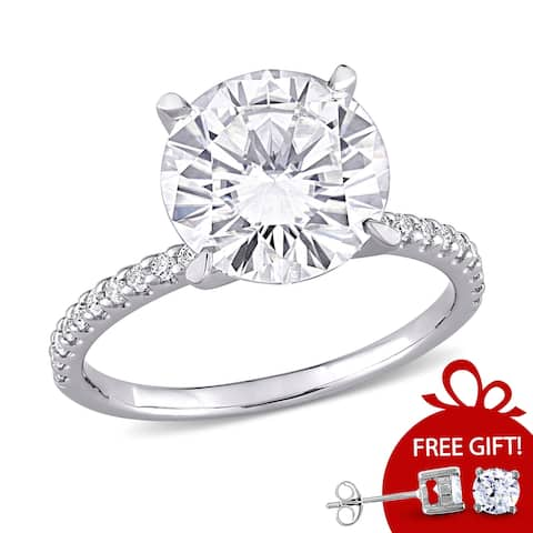 Moissanite by Miadora 10k White Gold 4 1/5ct TGW Moissanite Engagement Ring