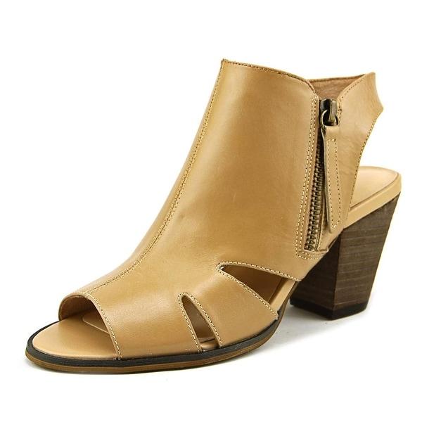Bella Vita Kimmy Women Open Toe Leather Nude Sandals