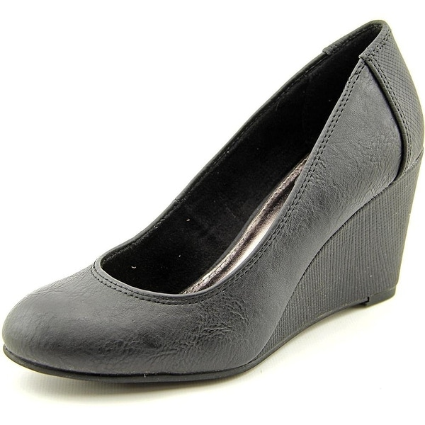 Kenneth Cole Unlisted Womens BOLD SHOE Closed Toe Wedge Pumps