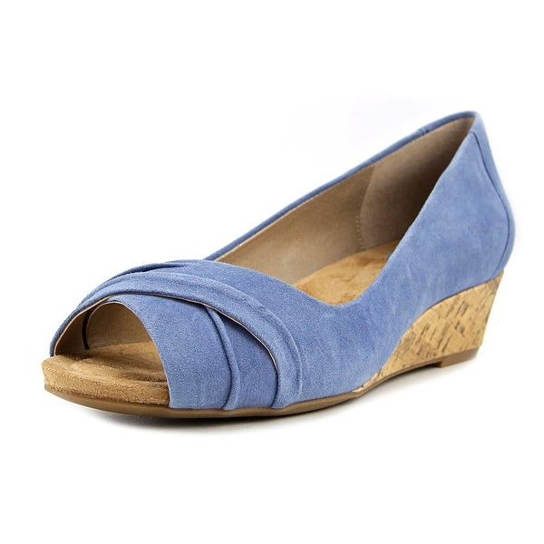 Giani Bernini Rivey Women Vintage Jeans Sandals
