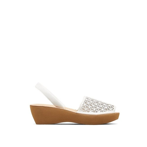 8920dc006a35 Shop Kenneth Cole Reaction Women s Faux-Leather Fine Glass Laser Cut Platform  Sandal - Free Shipping On Orders Over  45 - Overstock - 17734625
