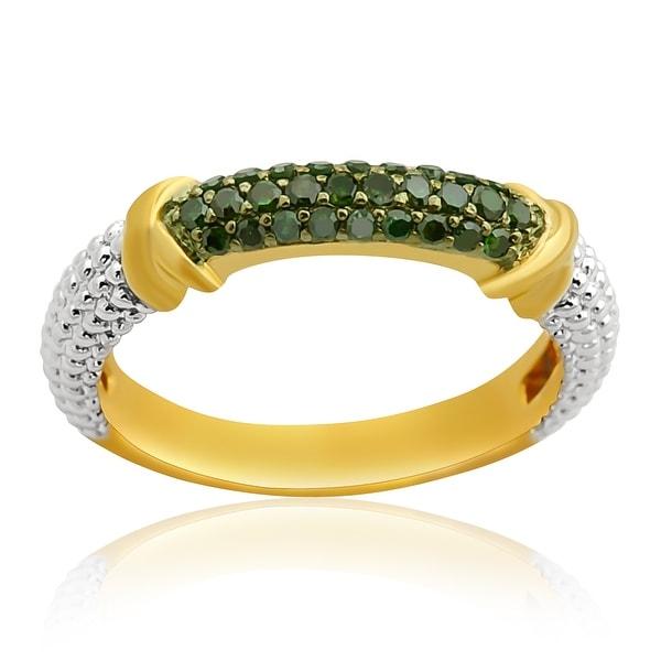 Prism Jewel 0.25Ct Round Green Color Diamond Anniversary Ring