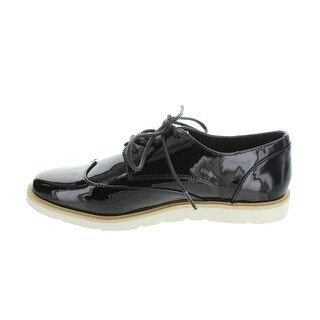 Restricted Womens elsie Leather Closed Toe Oxfords