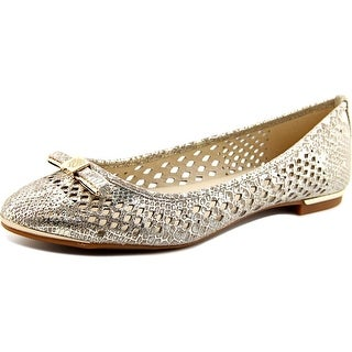 Vince Camuto Celindan Women  Round Toe Leather  Flats