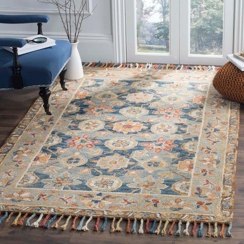 SAFAVIEH Handmade Aspen Libbie Boho Tassel Wool Rug