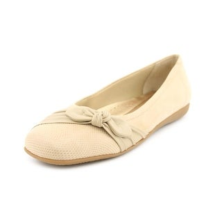 Trotters Suki Square Toe Leather Flats