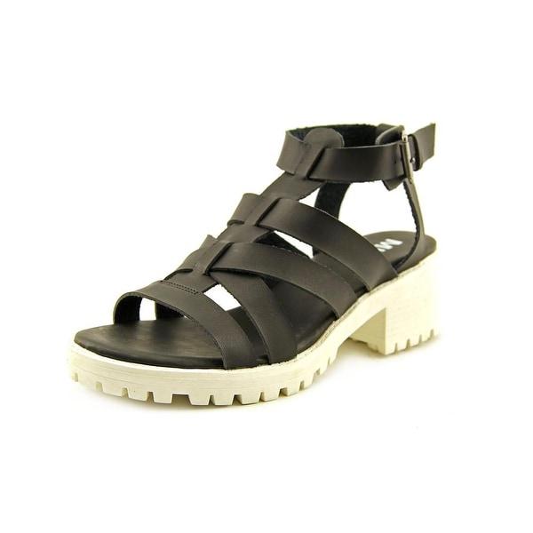 Mia Nadie Womens Black Sandals
