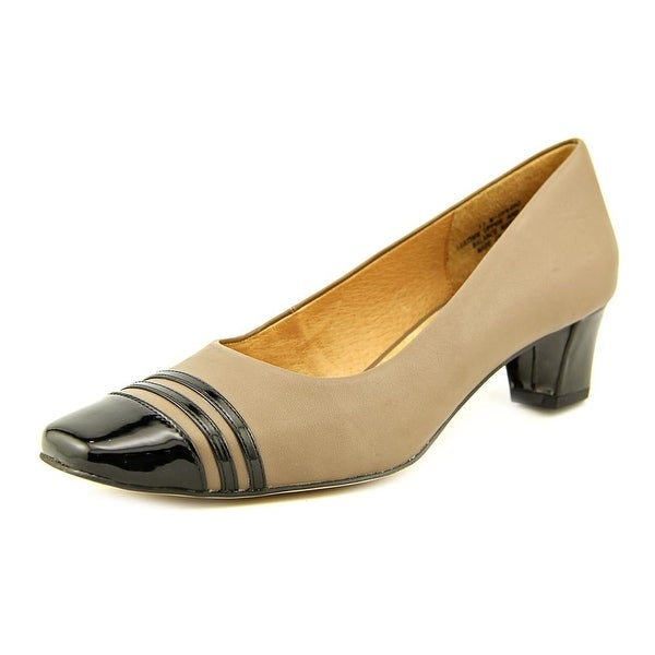 Auditions Classy Taupe/Black Pumps