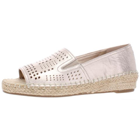 Bella Vita Womens Cora Wedges Leather Perforated - Champagne Leather