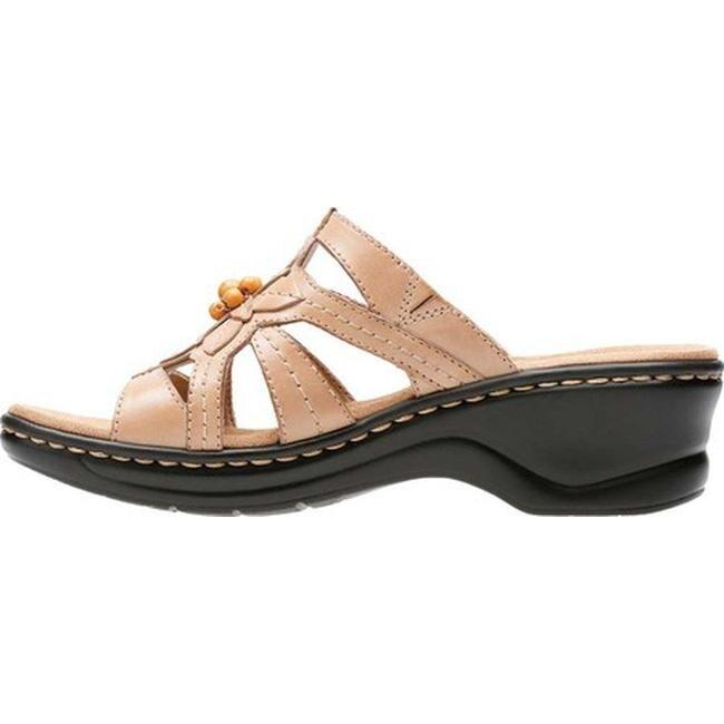 Clarks Women's Lexi Myrtle Sand Leather