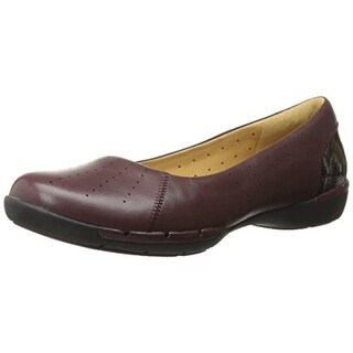 Clarks Womens Un Hearth Leather Round Toe Flats