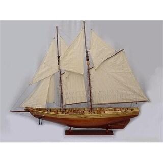 Old Modern Handicrafts Y095 Bluenose II Painted L Model Boat