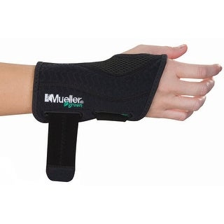 Mueller Green Fitted Right Hand Wrist Brace - Black