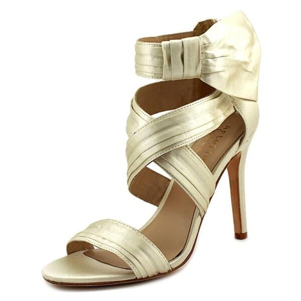Nicole Miller Jackson Women Ivory Sandals