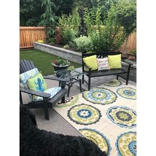Carson Carrington Assentoft Medallion Indoor/ Outdoor Area Rug