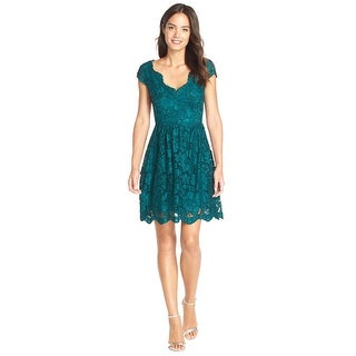 Betsey Johnson Cap Sleeve Scalloped Lace Fit & Flare Dress Emerald Green (Option: 12)