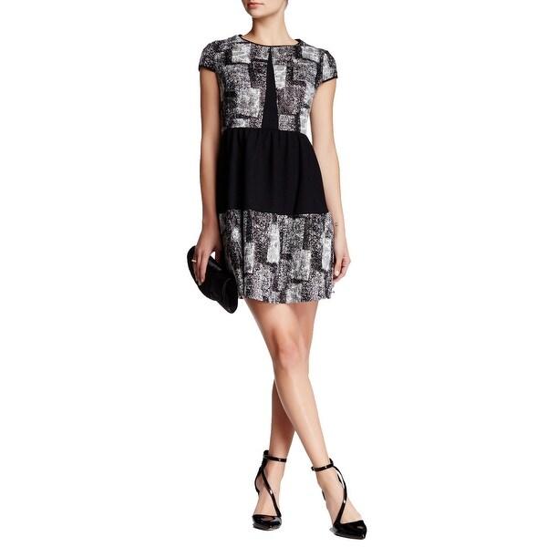 Betsey Johnson Short Sleeve Print Solid Textured Knit Flare Dress Black White