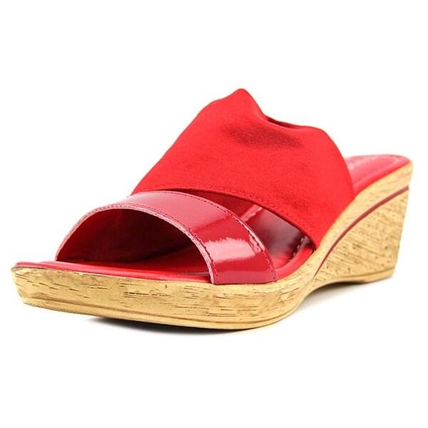 Easy Street Adagio Women Red Pat/Strch Sandals