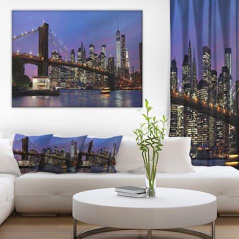 Designart 'Brooklyn Bridge and Manhattan at sunset' Extra Large Cityscape Wall Art on Canvas