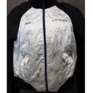 Signed Kings Los Angeles 201112 Los Angeles Kings Jacket size XL by the 2011 players including Brad