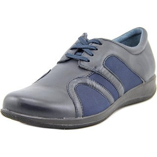 Softwalk Topeka Round Toe Leather Sneakers
