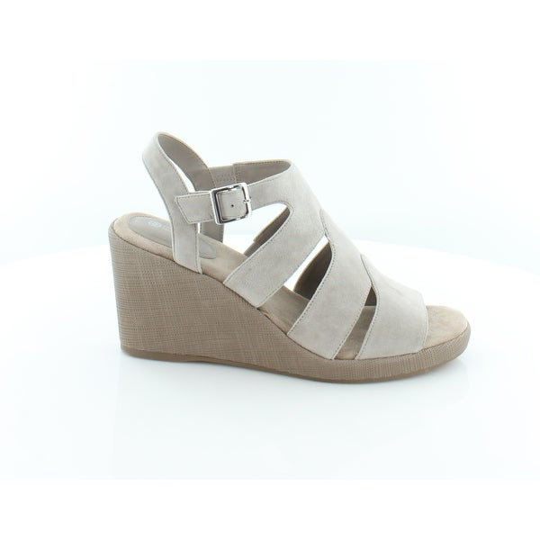 Giani Bernini Wirla Women's Sandals & Flip Flops Mushroom