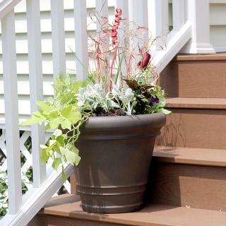 Sunnydaze Crozier Outdoor Flower Pot  Planter - Rust Finish - 16-Inch - Single