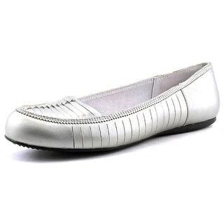 Softwalk Natchez Round Toe Leather Flats